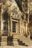 Außensonderkommando des Prang Sam Yot, ursprünglich ein hindischer Schrein, umgewandelt bis ein buddhistisches in Lopburi, Thaila stockbilder