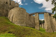 Außenwände von Neamt-Festung lizenzfreie stockfotografie