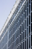 Außenwand der Metallstifte Stockbilder