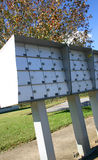 Außenwohnungs-Mailboxes stockfotografie