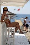 Au café de plage Photographie stock