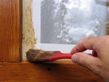 Au châssis de fenêtre de peinture Photographie stock libre de droits