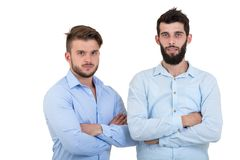 Au coude à coude avec l'ami Pour deux hommes avec la barbe d'isolement sur le fond blanc Images stock