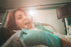 Au dentiste photos stock
