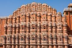 1799 au-dessous de la pièce mahal discrète de palais de l'Inde Jaipur de hawa de harem de formes conçue par ville de construction Images libres de droits