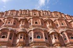 1799 au-dessous de la pièce mahal discrète de palais de l'Inde Jaipur de hawa de harem de formes conçue par ville de construction Photos stock