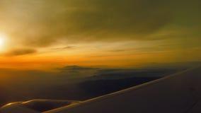 Au-dessus de l'aile de l'avion Image libre de droits