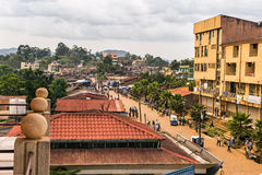 Au-dessus de la vue de la vie dans la rue dans Mizan Teferi, l'Ethiopie Image stock