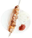 Au-dessus de la vue du chiche-kebab d'agneau de brochette d'isolement Images libres de droits