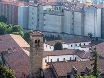 au-dessus de la vue du couvent dominicain à Bergame photo libre de droits