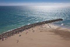 au-dessus des gens de plage Image libre de droits