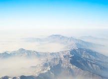 Au-dessus des montagnes Photo libre de droits