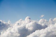 Au-dessus des nuages Photo stock