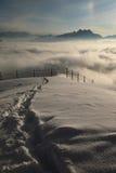 au-dessus des nuages dans les villars Images libres de droits