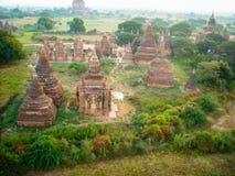 Au-dessus des temples de la Birmanie photographie stock libre de droits