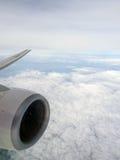 Au-dessus du nuage sur des avions Photo stock