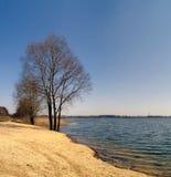 Au lac Image stock