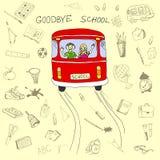 Au revoir concept, autobus scolaire et enfants d'école dans lui avec la main Photo libre de droits
