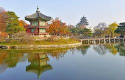 Au sol de palais de Gyeongbokgung, Séoul, Corée du Sud Photo stock