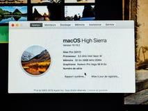 Au sujet de cette information de Mac du nouvel pro OE puissant d'Apple iMac image libre de droits