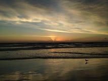 Aube au-dessus de l'Océan Atlantique photographie stock libre de droits
