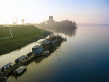 Aube au lac, lever de soleil de lagune photographie stock