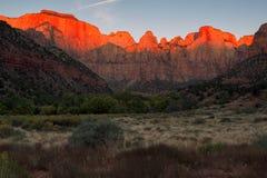 Aube aux tours de la Vierge, Zion National Park, Utah Images libres de droits