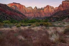 Aube aux tours de la Vierge, Zion National Park, Utah Images stock