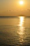 Aube, lever de soleil, le soleil, mer, nature, l'eau, paysage Images stock