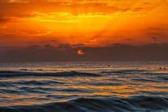 Aube sur la mer Méditerranée Image stock