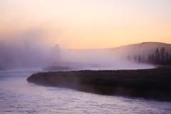 Aube sur le fleuve de Madison, Yellowstone Photos stock