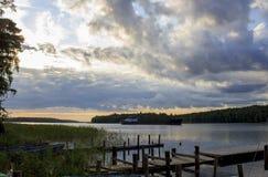 Aube sur le lac Ladoga image libre de droits