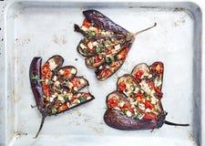 Aubergine avec les tomates et le feta photo stock