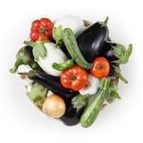 Aubergine för mat för bästa sikt vita och svarta med tomater, zucchini, Royaltyfri Fotografi