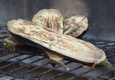 Aubergine op de grill Stock Fotografie