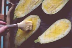 Aubergines подготовленные для печь Стоковое Изображение RF