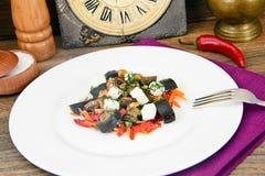 Auberginesallad med paprika, Feta Royaltyfri Fotografi
