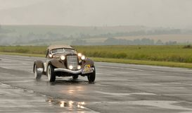 Auburn Boattail Speedster Replicar in motion Stock Photography