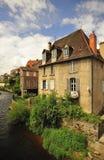 aubusson France domowy stary kwartalny brzeg rzeki obrazy stock