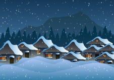 Auch im corel abgehobenen Betrag Dorf im Schnee gegen den Hintergrund von Wäldern und von Bergen vektor abbildung