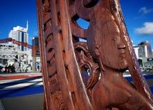 Auckland de cinzeladura maori Fotos de Stock
