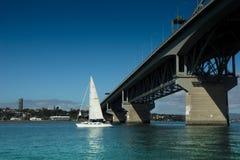 Auckland - die Stadt von Segeln Lizenzfreies Stockbild