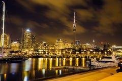 Auckland: Die Stadt von Segeln stockfotos