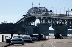 Auckland-Hafen-Brücke Stockfotos