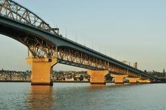 Auckland-Hafen-Brücke Stockbilder