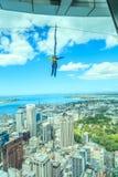Auckland, la nouvelle Zélande 12 décembre 2013 Saut à l'élastique d'Au Photographie stock