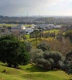 Auckland miasta Pionowo panorama na Burzowym zima dniu Obraz Royalty Free