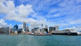 Auckland nabrzeża linia horyzontu - Nowa Zelandia Obraz Stock