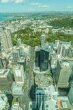 Auckland, neues Seeland 12. Dezember 2013 Draufsicht von Himmel towe Lizenzfreie Stockbilder