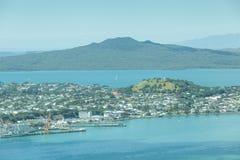 Auckland, Nieuw Zeeland 12 December, 2013 Landschapsmening van Au Stock Foto's